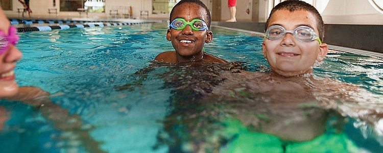 Swimming Lessons|Chandler-Gilbert Family YMCA|Valley of the Sun YMCA